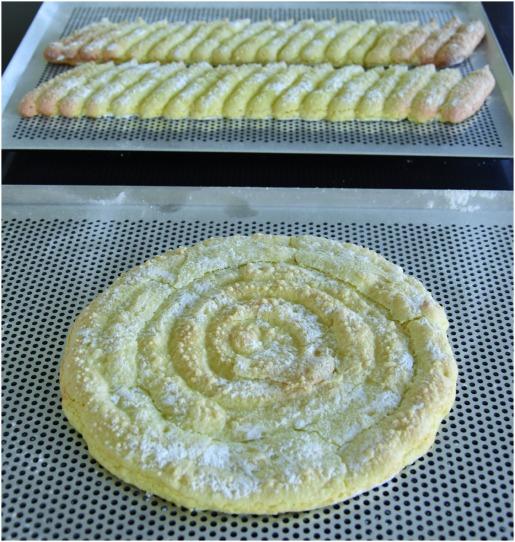 Charlotte framboises biscuit cuiller disque+cartouchière après cuisson